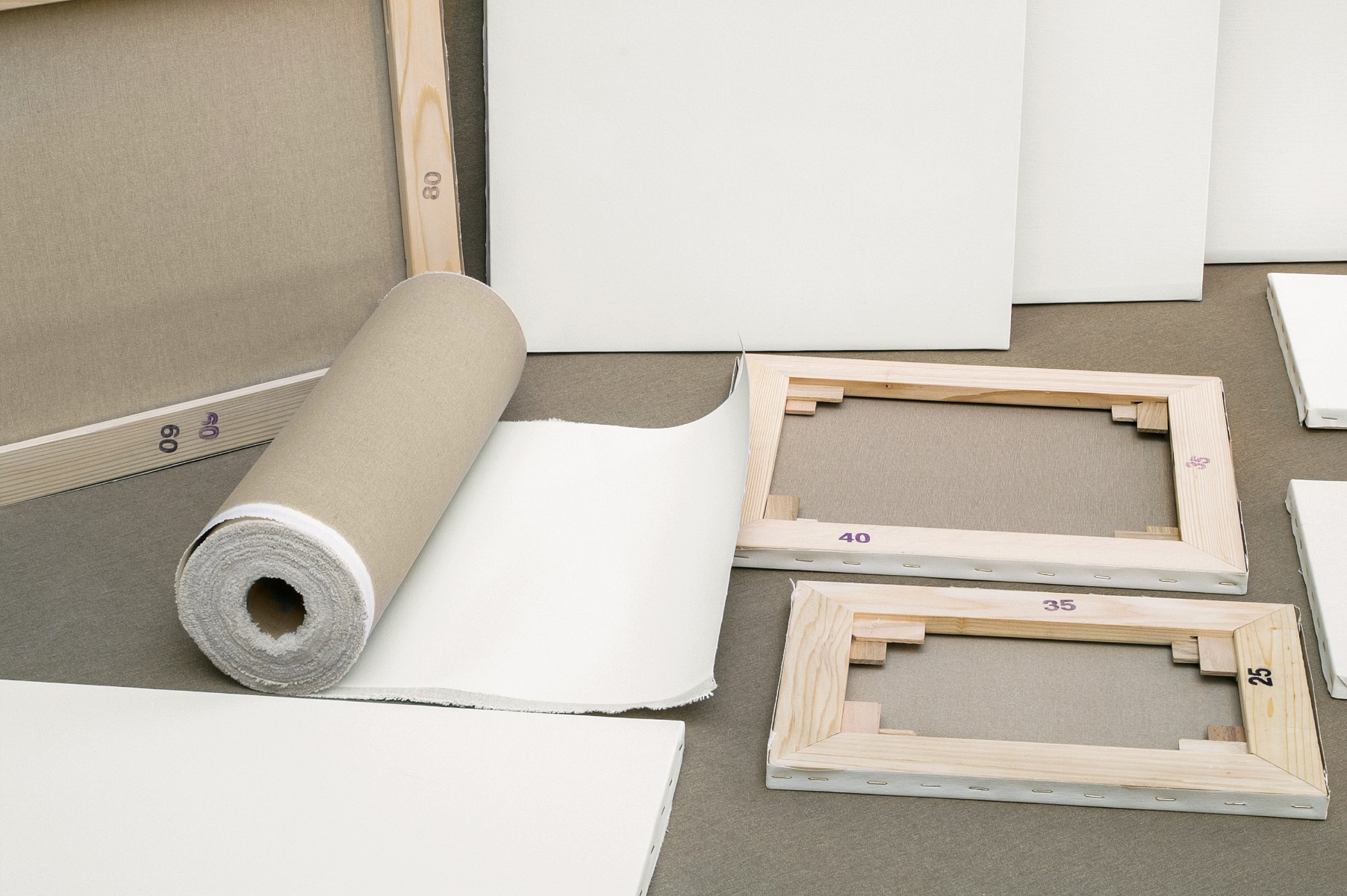 How To Choose The Right Stretcher Bars For Your Quality Canvas Prints?