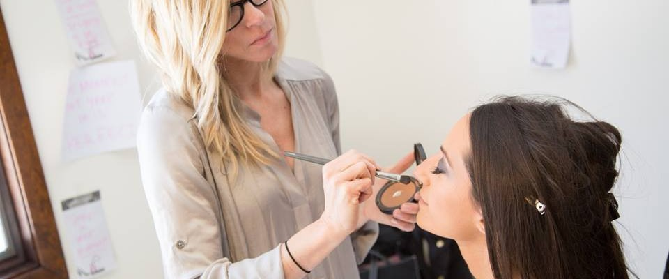 Things You Should Know About Before Hiring Wedding Hair And Makeup Artists In Las Vegas!