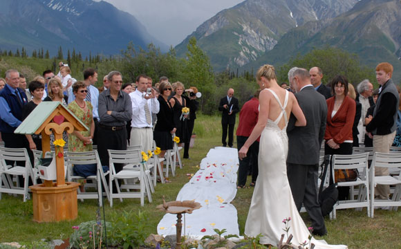 Wilderness Wedding: Getting Married In Nature