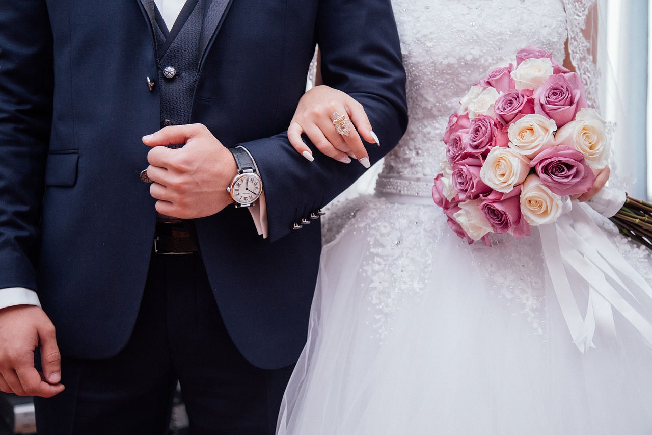Make Your Wedding More Memorable By Following These Tips