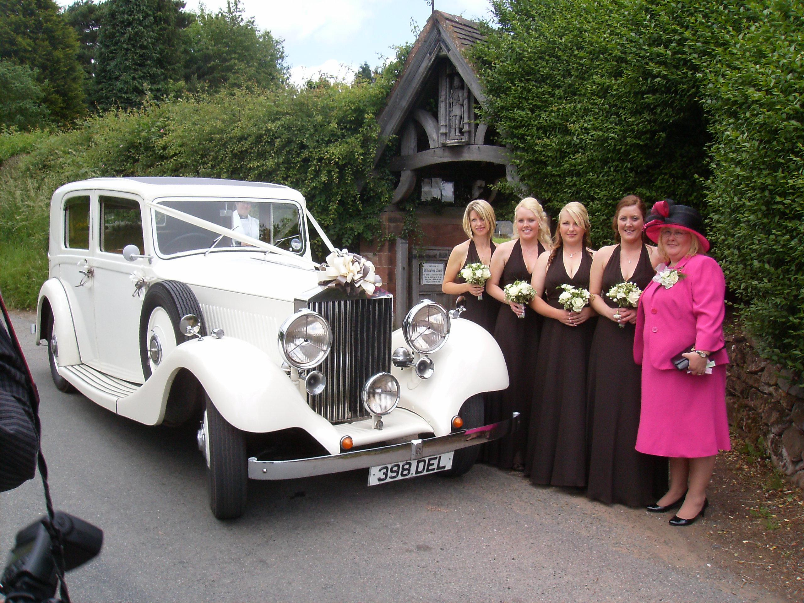 How Can You Choose Special Wedding Car Birmingham